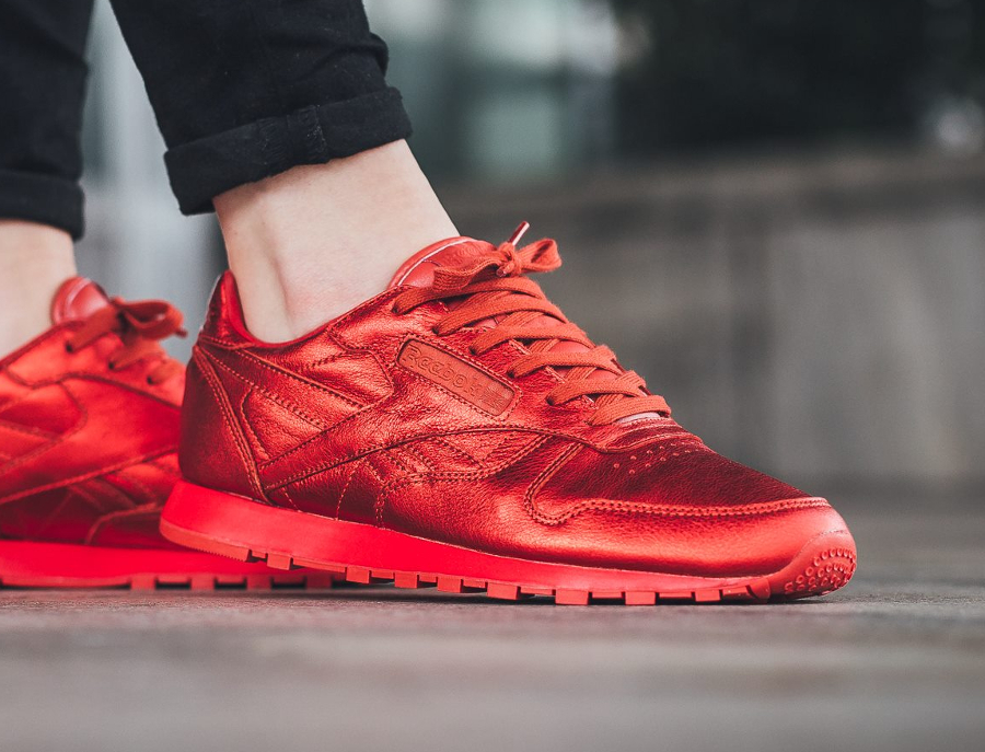Chaussure Face Stockholm x Reebok Classic Leather rouge femme (1)