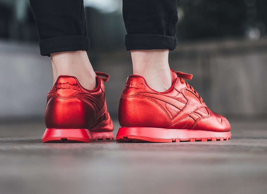 Chaussure Face Stockholm x Reebok Classic Leather rouge femme (2)