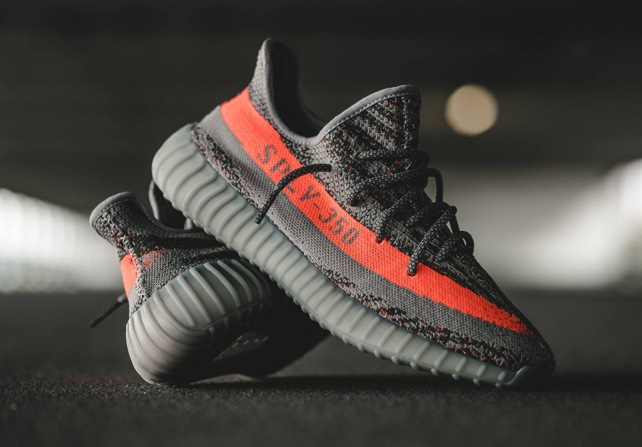 o trouver la adidas yeezy 350 boost v2 39 steel grey red 39. Black Bedroom Furniture Sets. Home Design Ideas
