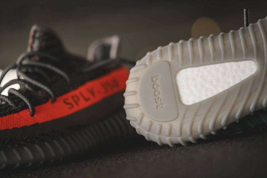 chaussure-kanye-west-x-adidas-yeezy-350-boost-v2-2