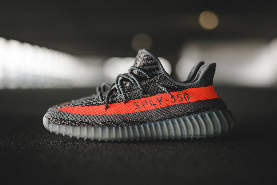 chaussure-kanye-west-x-adidas-yeezy-350-boost-v2-7