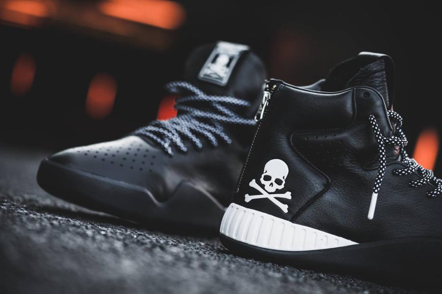 chaussure-mastermind-japan-x-adidas-tubular-instinct-black-zip-3