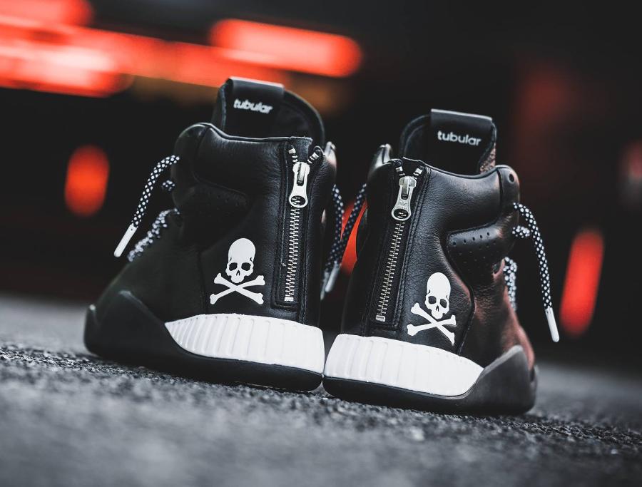 chaussure-mastermind-japan-x-adidas-tubular-instinct-black-zip-5