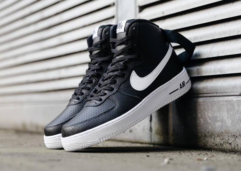 Chaussure Nike Air Force 1 High 07 Perf Black (1)