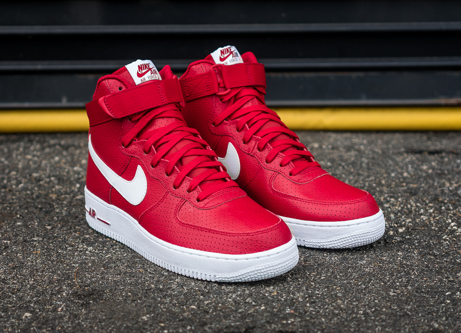 Chaussure Nike Air Force 1 High 07 Perf Gym Red (1)