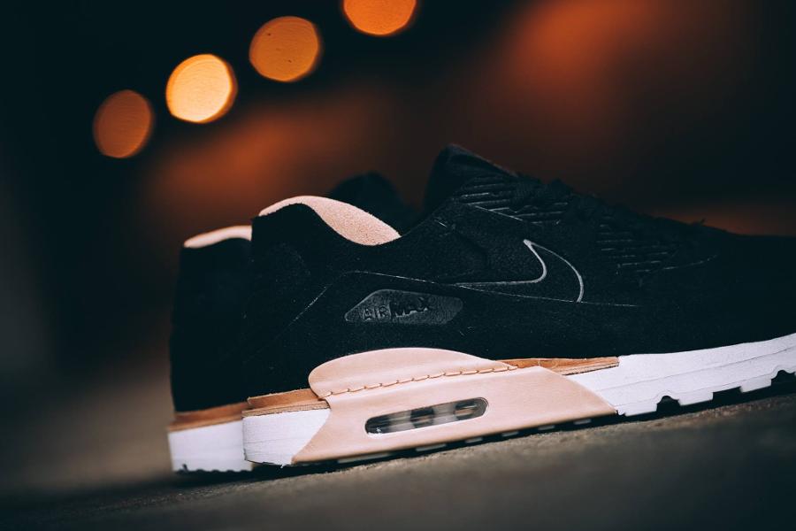chaussure-nike-air-max-90-royal-daim-noir-1