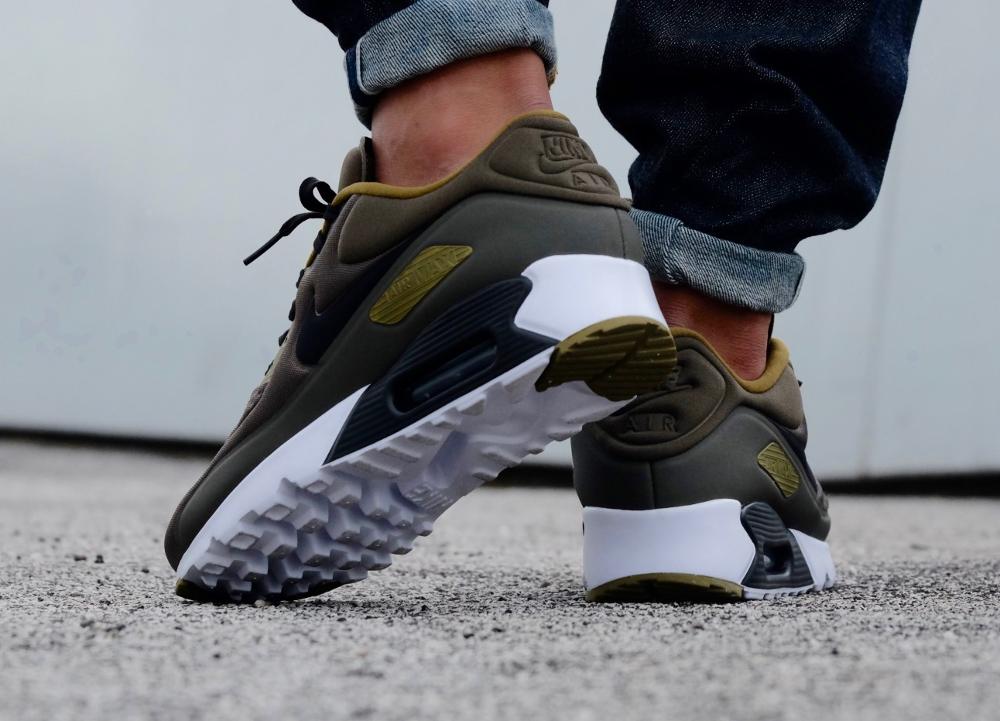 Chaussure Nike Air Max 90 Ultra SE Olive Flak (2)