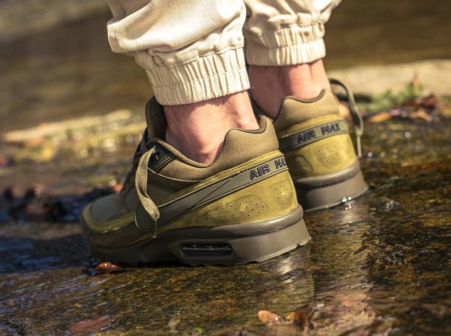 Chaussure Nike Air Max BW Premium Dark Loden (2)