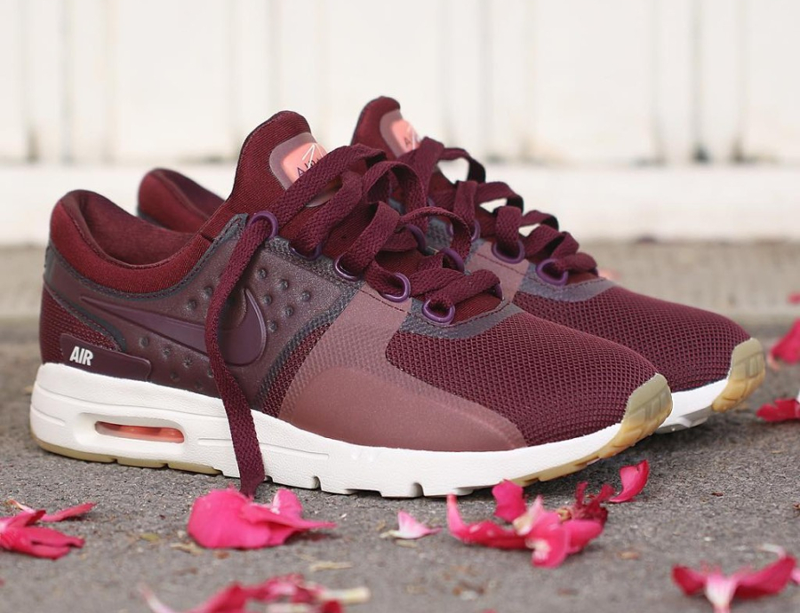 Chaussure Nike Air Max Zero Night Maroon (2)