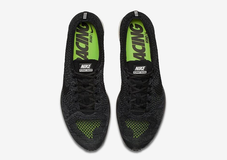 chaussure-nike-flyknit-racer-blackout-4