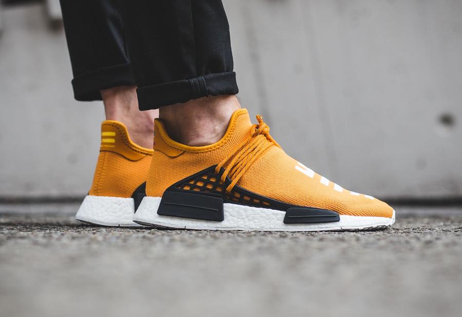 chaussure-pw-x-adidas-originals-nmd-primeknit-human-race-tangerine-yellow-jaune-1