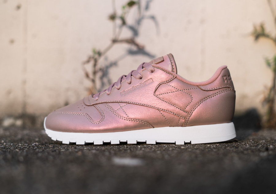 c0293b1e2054e3 Où trouver la Reebok CL Leather Pearlized  Rose Gold