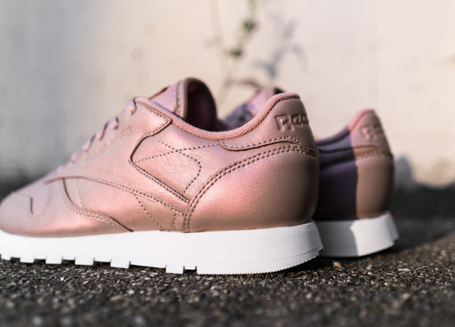 chaussure-reebok-classic-leather-rose-gold-3