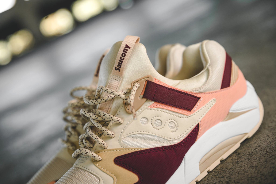 chaussure-saucony-grid-9000-cream-red-pink-2