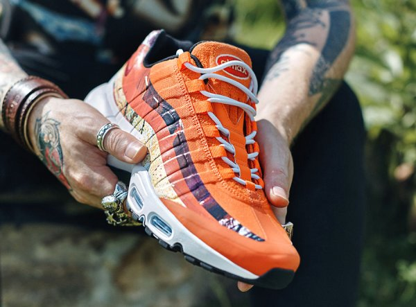 Size? x Dave White x Nike Air Max 95