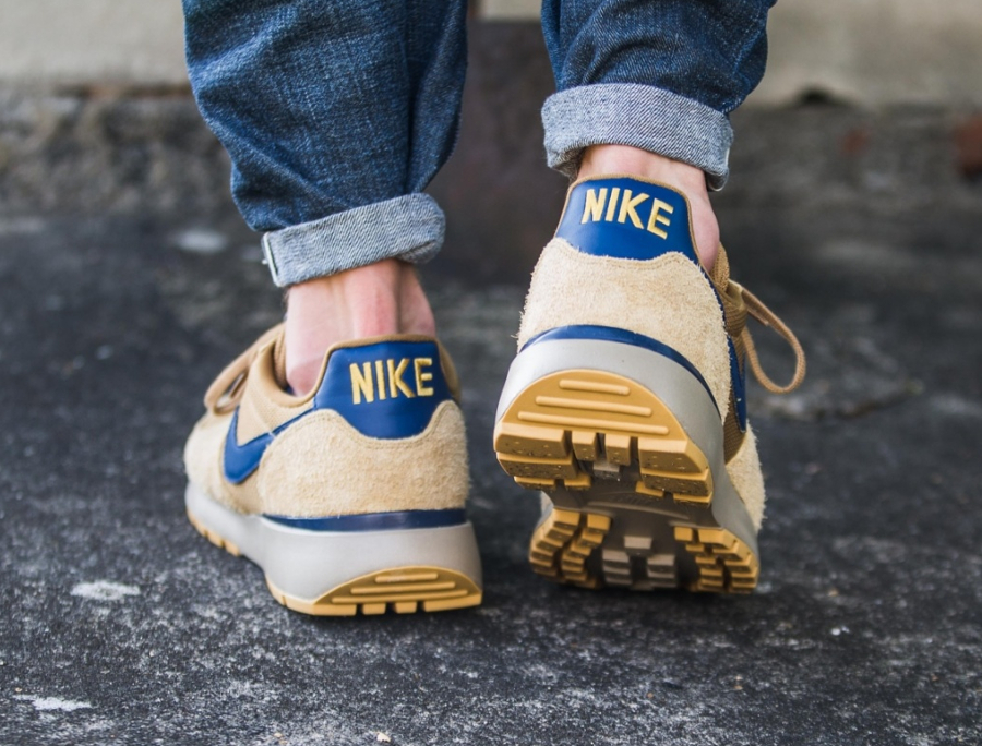 Nike Lava Dome Ultra OG Golden Beige Midnight Navy (2)
