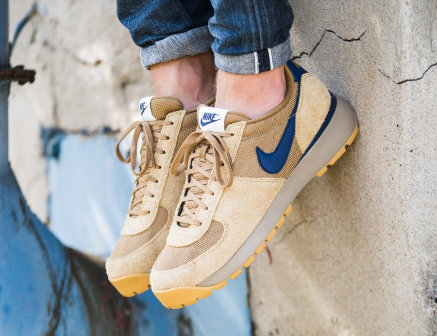 Nike Lava Dome Ultra OG Golden Beige Midnight Navy (3)