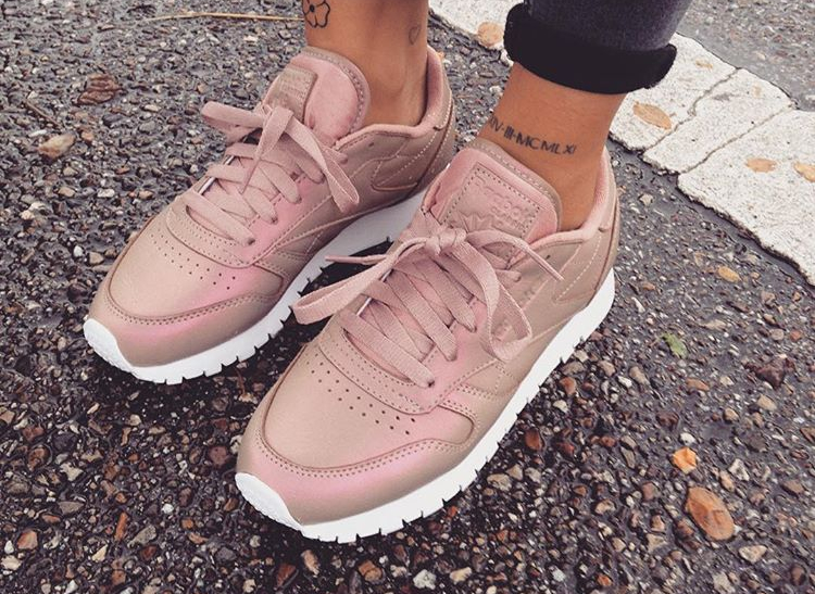reebok-classic-leather-pearlized-rose-gold-snkrs_onmymind