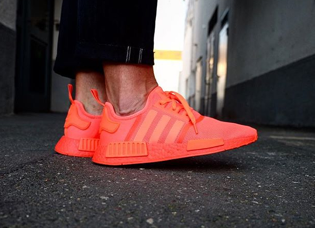 avis-basket-adidas-nmd_r1-boost-triple-solar-red-