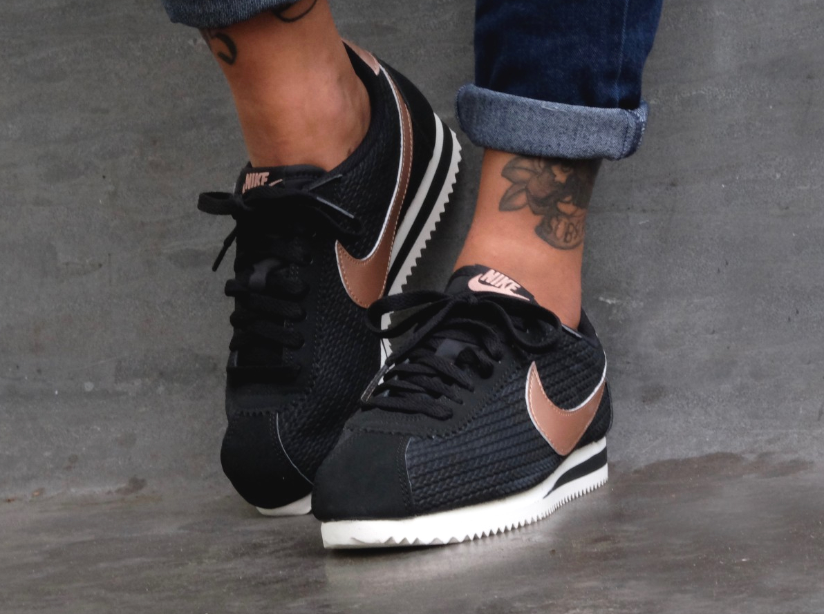 Ou Trouver Les Nike Cortez Leather Lux Metallic Red Bronze