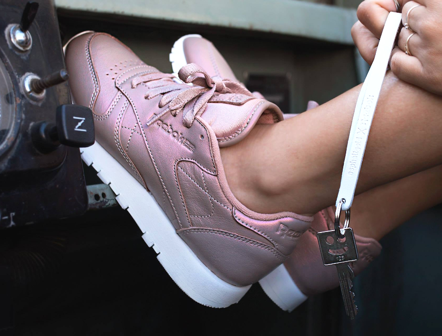 Reebok Wmns Classic Leather 'Rose Gold'