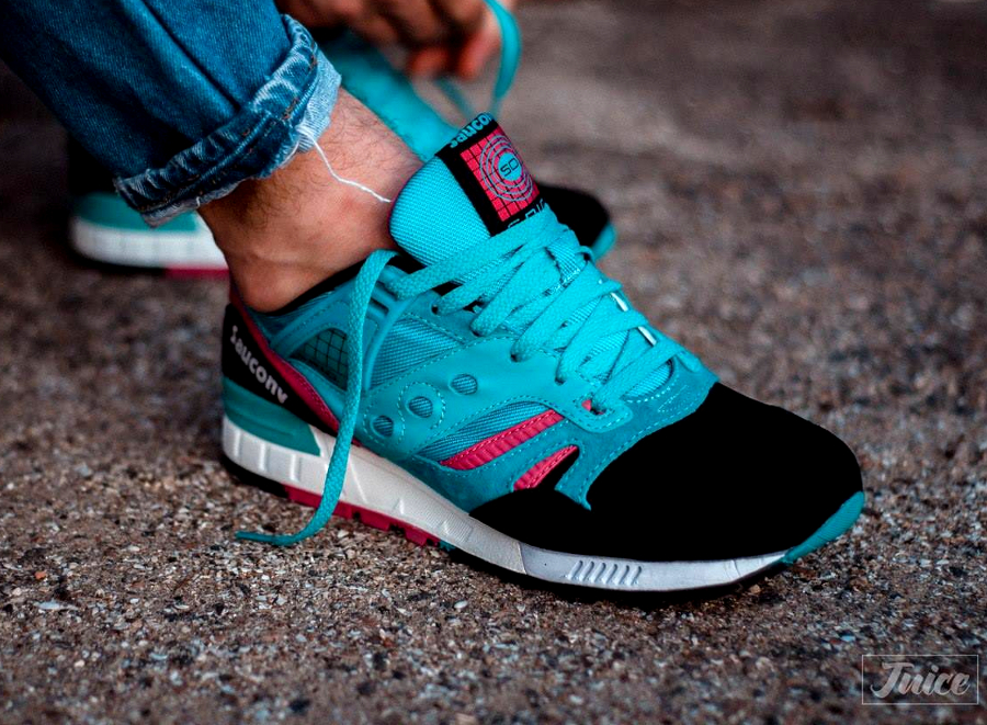 2015-saucony-grid-sd-premium-teal-games-pack-1
