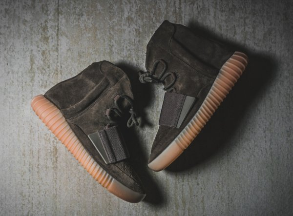 Adidas Yeezy 750 Boost 'Chocolate'