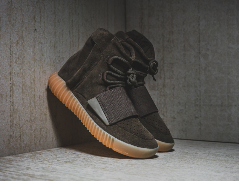 chaussure-adidas-yeezy-750-boost-chocolate-3