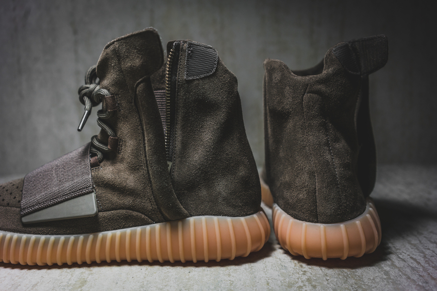 chaussure-adidas-yeezy-750-boost-chocolate-5