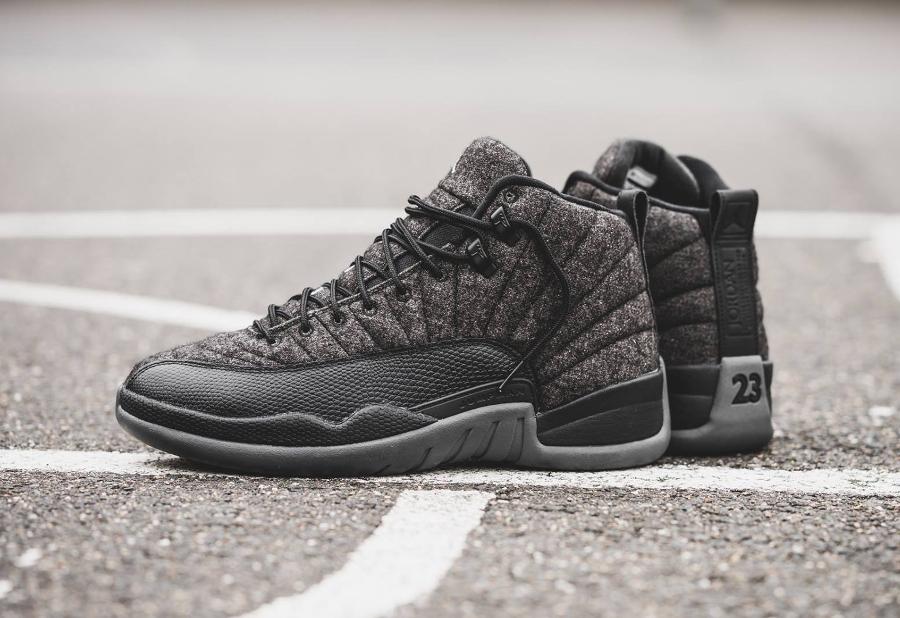 chaussure-air-jordan-12-laine-gris-et-cuir-noir-3