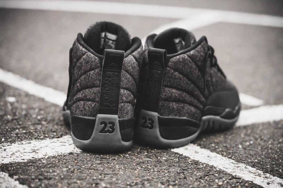 chaussure-air-jordan-12-laine-gris-et-cuir-noir-5