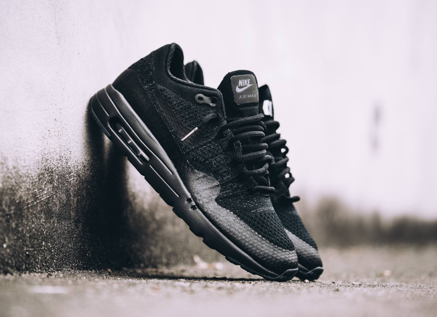 Nike Air Max 1 Ultra Flyknit 'Triple Black'