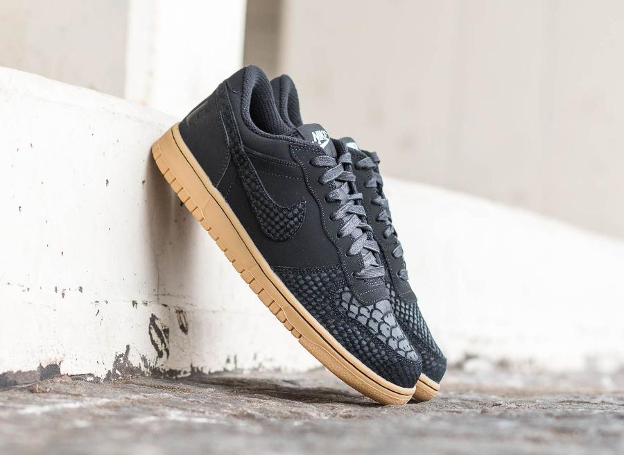 chaussure-nike-big-lux-low-black-snake-gum-serpent-et-python-2