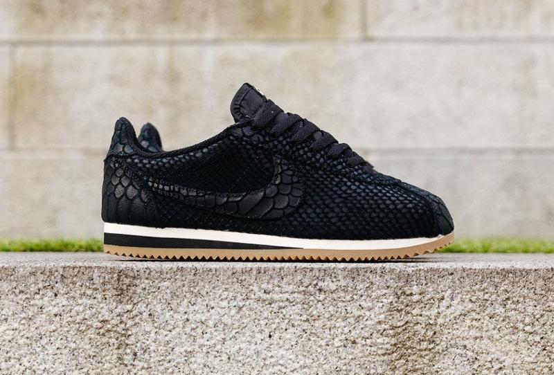 chaussure-nike-cortez-premium-black-gum-1