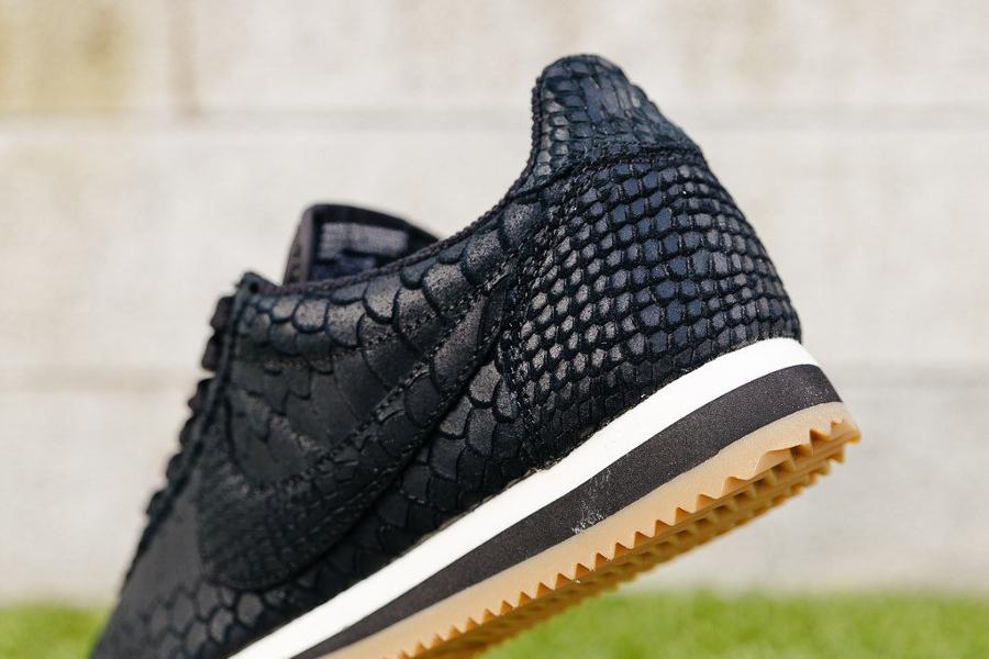 chaussure-nike-cortez-premium-black-gum-3