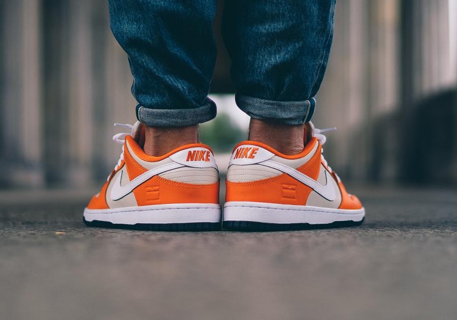 chaussure-nike-dunk-low-sb-premium-safety-orange-cream-3