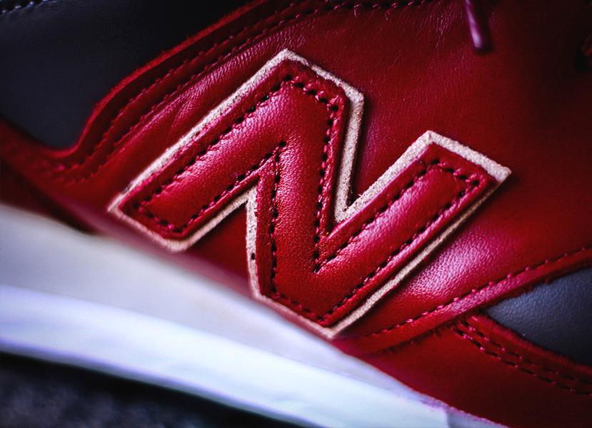 chaussure-puma-suede-daim-bordeaux-logo-dore-4