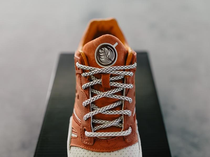 chaussure-saucony-grid-sd-premium-pumpkin-spice-latte-5
