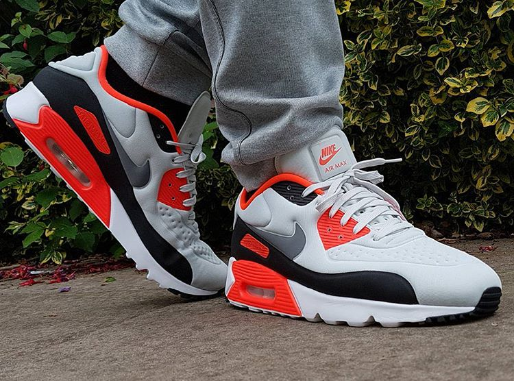 nike-air-max-90-ultra-se-og-infrared-j_turner_87