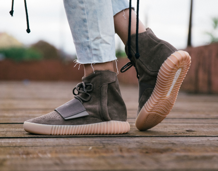 avis-basket-kanye-west-x-adidas-yeezy-750-boost-light-brown-gum-1