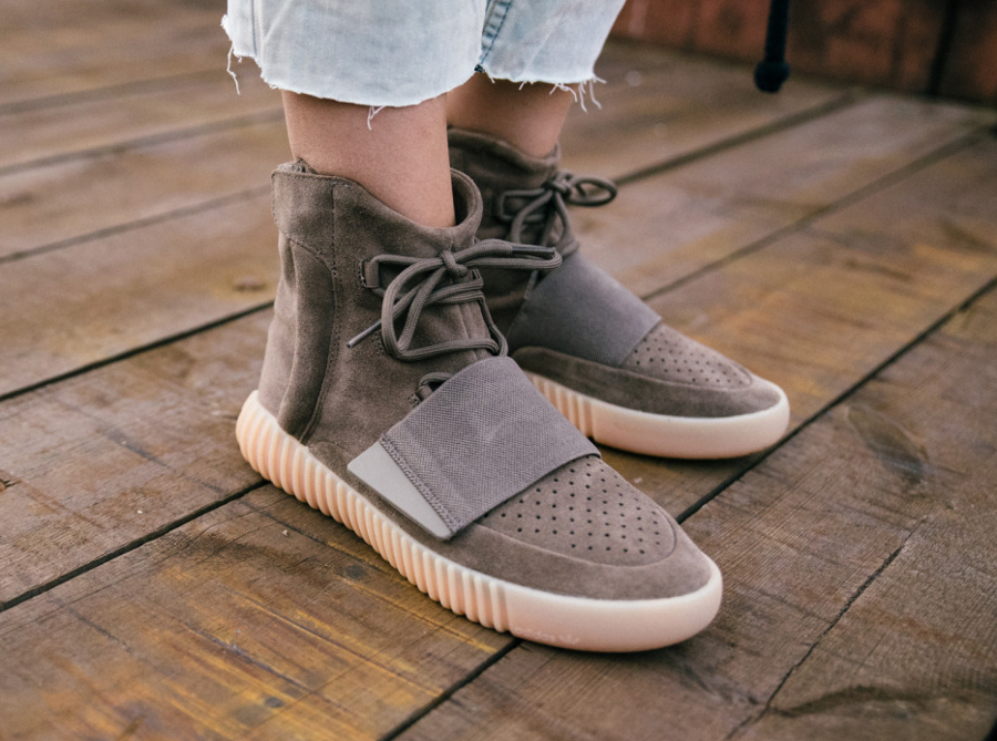 avis-basket-kanye-west-x-adidas-yeezy-750-boost-light-brown-gum-2