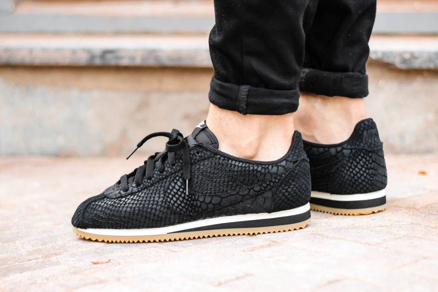 avis-basket-nike-classic-cortez-leather-anaconda-black-gum-2