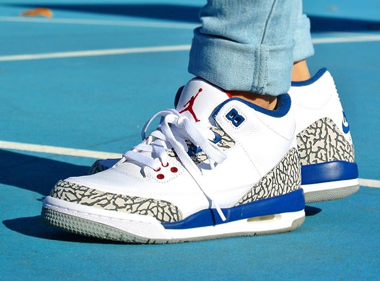 air-jordan-3-retro-true-blue-2016-femme-britta_ruth920