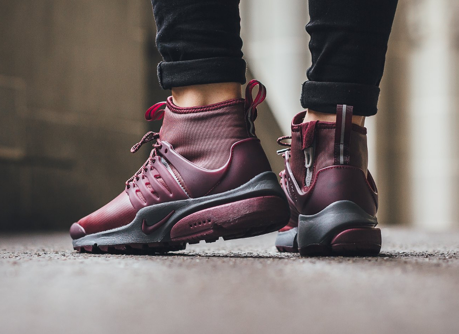 basket-nike-wmns-air-presto-utility-mid-top-night-maroon-femme-2