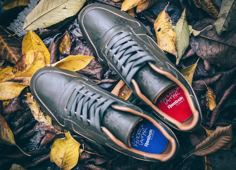 chaussure-kendrick-lamar-x-reebok-classic-leather-lux-olive-gum-blue-red-2