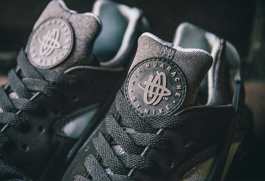 Nike Air Huarache SE 'Oreo' Black Wolf Grey