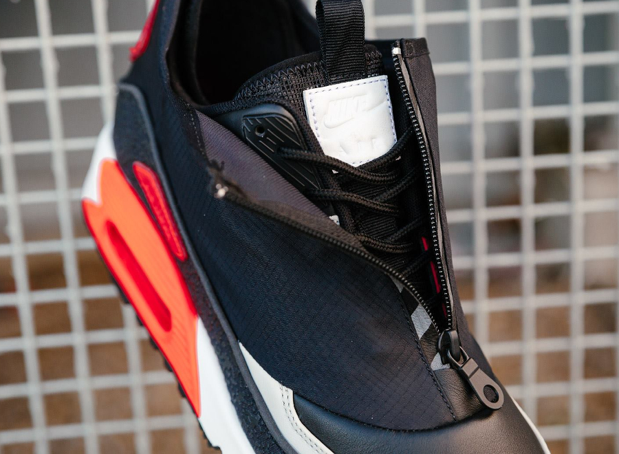 chaussure-nike-air-max-90-utility-zip-og-black-infrared-fermeture-eclair-4