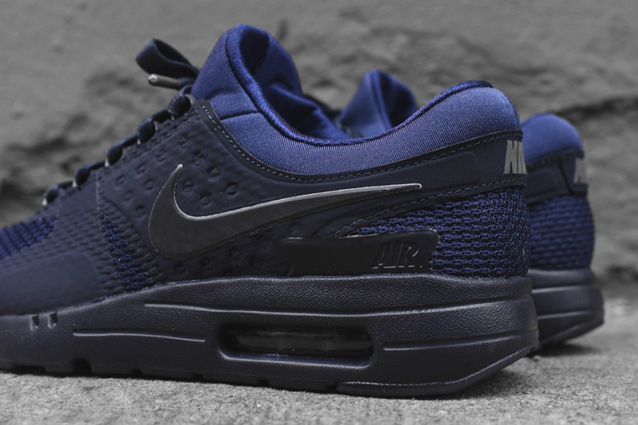chaussure-nike-air-max-zero-qs-tonal-binary-blue-5