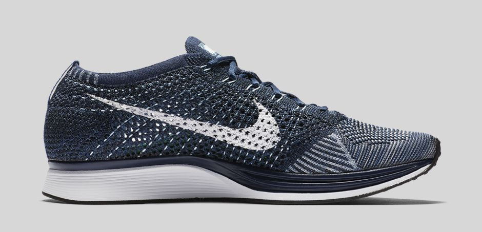 chaussure-nike-flyknit-racer-blue-tint-2