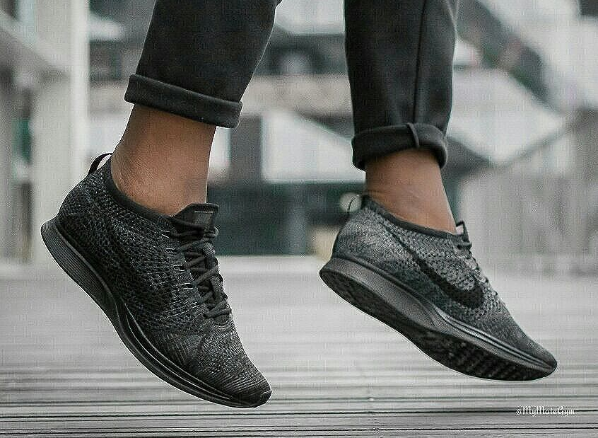best website 02b1f 04e7c Nike Flyknit Racer noir 'Triple Black Midnight' : où la trouver ?